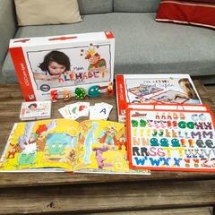 [JEUDI COULISSES]  Saviez-vous que les Alphas, utilisés dans de nombreux pays francophones, permettent aussi d'apprendre aux enfants à lire en allemand ?  Die Alphas, la méthode allemande, propose de nombreux outils pour l'apprentissage de la lecture, avec des personnages des Alphas similaires à ceux français, l'histoire du conte, des jeux pédagogiques et outils destinés aux enseignants !  #lesalphasofficiel #lesalphas #methode #lecture #recrealire #editionsrecrealire #edition #pedagogie #apprendre #enseignant #classe #ecole #parent #allemand #allemagne #langue