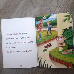 """[MARDI PÉDAGOGIE]  En plus de ses codes couleurs en fonction des niveaux de lecture Début CP, Milieu CP et Fin CP pour que les enfants repèrent les correspondances complexes, nous avons conçu la collection """"Apprendre à lire avec LES ALPHAS"""" avec des particularités en termes de mise en page pour aider les enfants à lire.  Pour permettre à tous les enfants de lire nos ouvrages, les textes sont écrits en gros caractères pour faciliter la lecture, avec l'écriture minuscule scripte, type d'écriture utilisé en lecture, que l'on invite à découvrir en premier avec l'ouvrage """"La transformation des Alphas"""" et le jeu de cartes.  Également, l'interlignage est important, et l'espacement entre les mots est large (équivalent à deux espaces entre chaque mot) pour plus de lisibilité pendant la lecture.  #lesalphasofficiel #lesalphas #methode #lecture #recrealire #edition #pedagogie #apprentissage #livre #enfants #lire #espace #mots #texte #lisibilite #comprehension"""